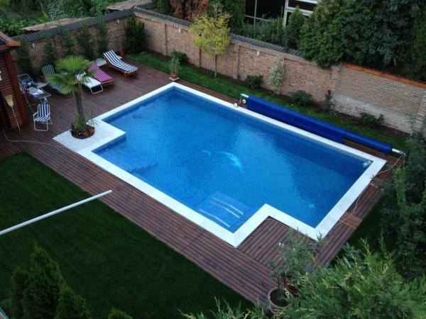 Piscine iazuri fantani alba for Accesorii piscine
